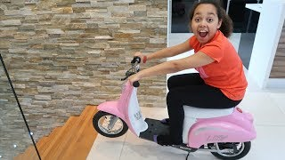Surprise Toy Unboxing & Assembling Power Wheels Ride On Bike | Toys AndMe