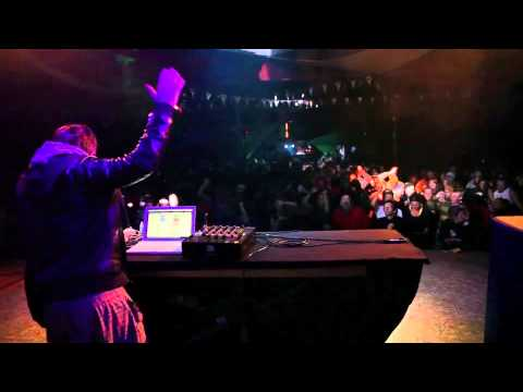 Isaac Chambers - Live at Luminate Festival 2013.