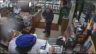 Sikh Shopkeeper Fights Off Armed Robber In New York - Caught On Camera