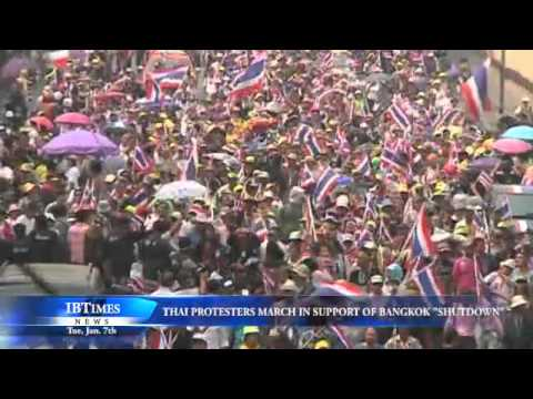 Thai Protesters March In Support Of Bangkok