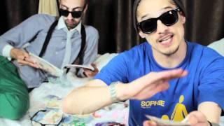 Maximilian - Sophie (feat MefX) - Videoclip Oficial 2011