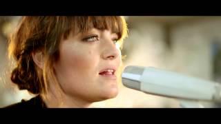 Angus & Julia Stone - A Heartbreak (Live Acoustic)