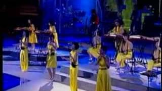12 Girls Band - Great Canyon (Live From Shanghai)