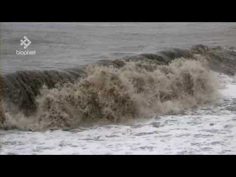 Cyclone Ita Cairns in Slow Motion Red Epic
