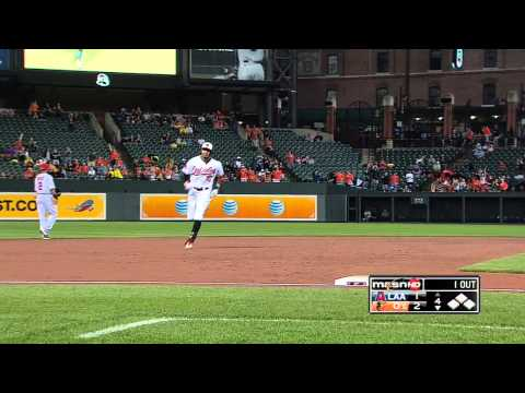 2013/06/10 Jones' two-run homer
