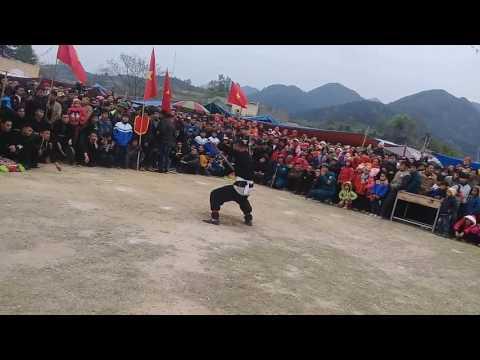 Hội thi múa sư tử của dân tộc Nùng ở Lạng Sơn (Hải Yến-Cao Lộc 28/01 âm lịch hằng năm)