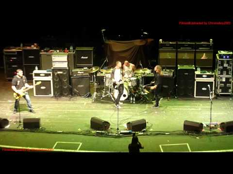 Tremonti - Giving Up Live at Brixton Academy, London England, 12 Oct 2012