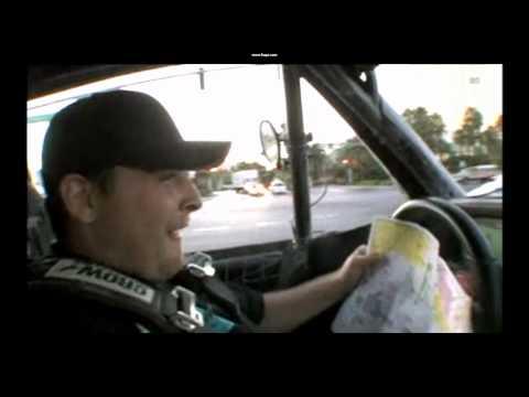 Streetbike Tommy traverse Las Vegas en trophy truck