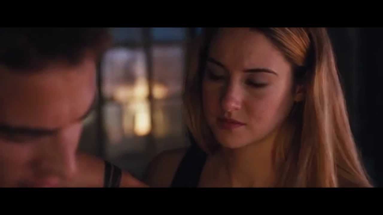 Divergent Teaser Clip - Tris and Four's kiss - YouTube
