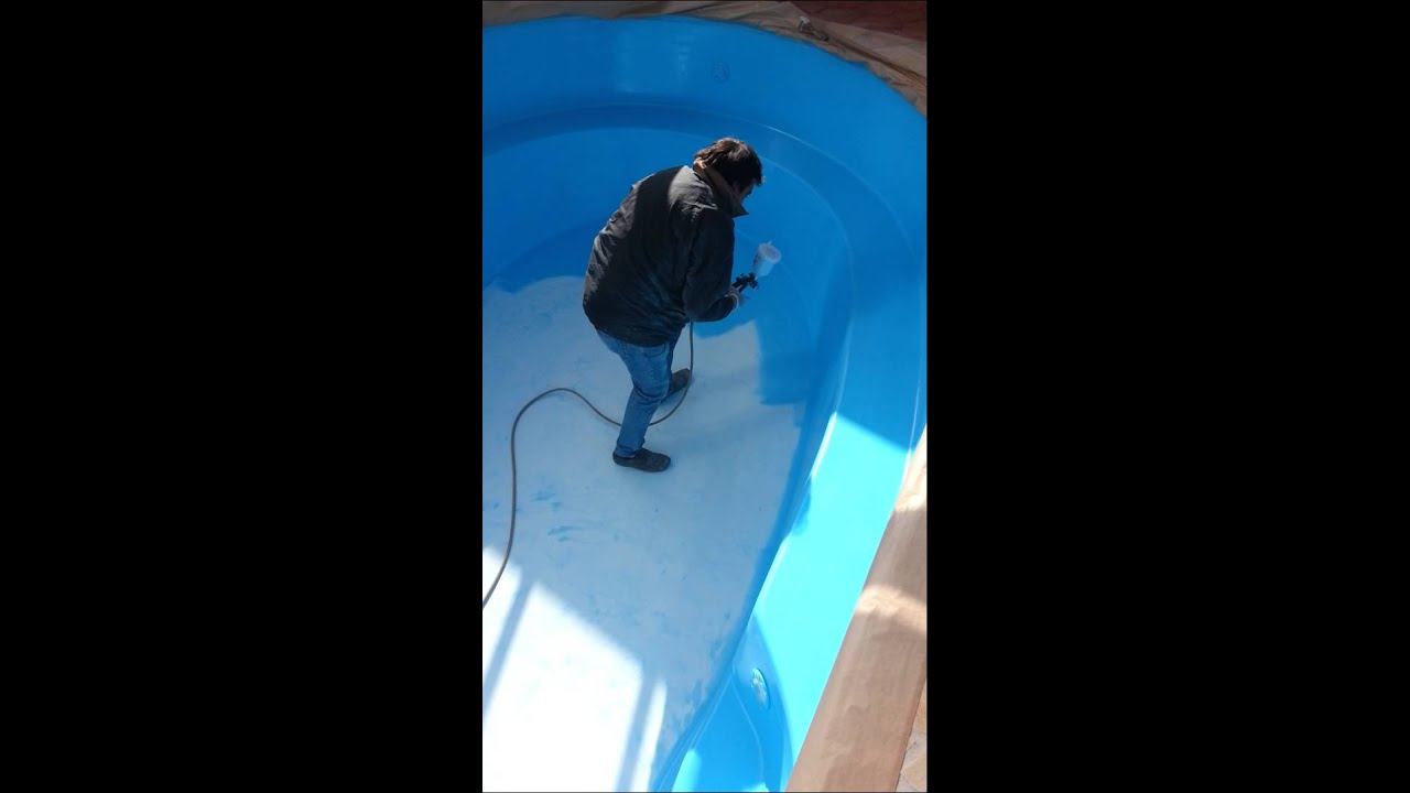 Pintar piscina poliester youtube for Loser piscinas