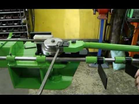 Curvador tubos manual