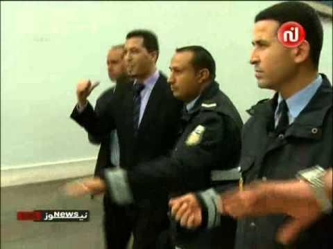 image vidéo حالة من الغضب ضد المحامي أنور أولاد