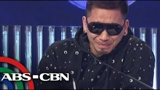 Crying Jhong Hilario walks out on 'Showtime'