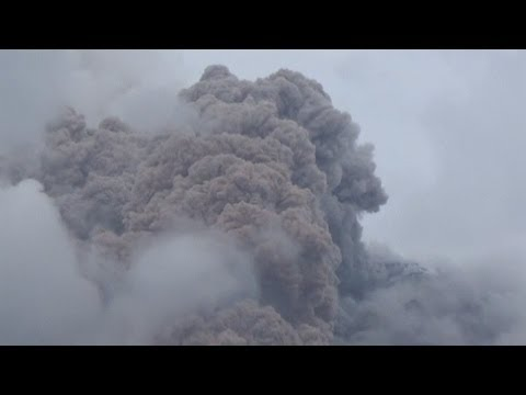 Indonesia's Mount Sinabung erupts again