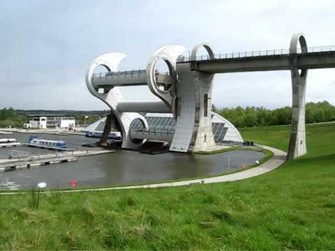Falkirk wheel timelapse -ucg1O-5jsnM