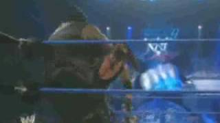 WWE [BR 12/01/08] Undertaker X Mark Henry & Matt Striker