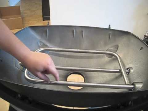 weber grill q320 aufbau youtube. Black Bedroom Furniture Sets. Home Design Ideas
