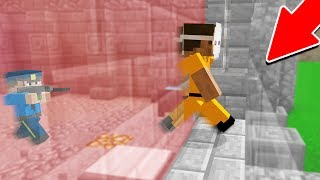 ESCAPING PRISON THROUGH AN INVISIBLE WALL! (Minecraft Trolling)