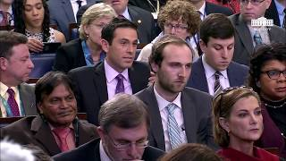 Sarah 'Huckabee' Sanders leaves reporter FLABBERGASTED when question on Trump's Confusing Fisa Tweet