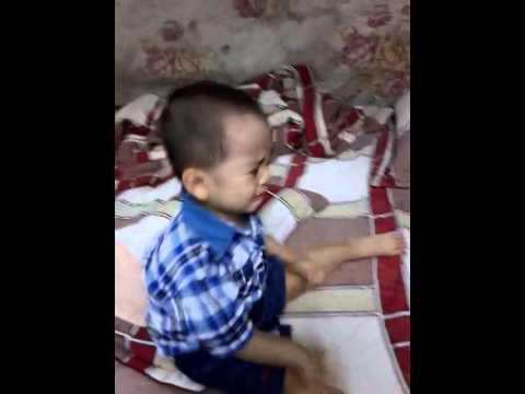 Cu boy lam nung