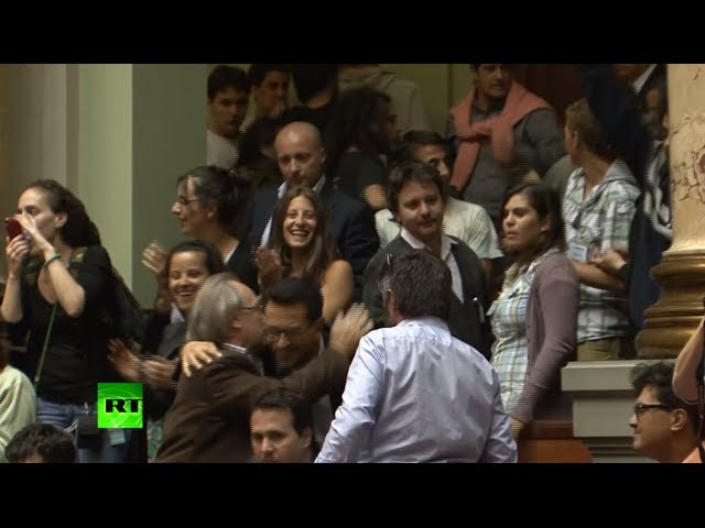 Uruguay legalizes marijuana: Crowds cheer and applaud vote