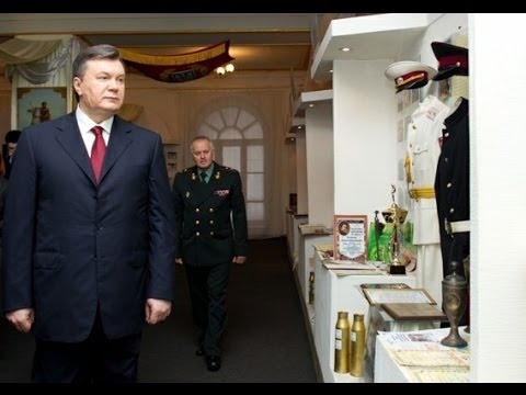 Yakunovych Replaces Head Army Chief