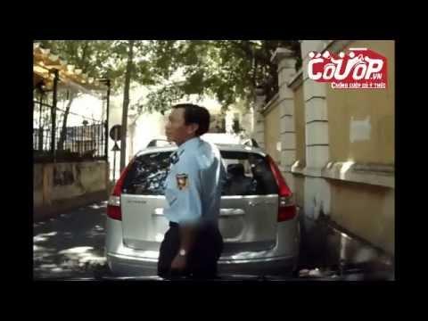 Bảo vệ lén lút bẻ gãy cần gạt nước ôtô Huyndai_Cuop.vn