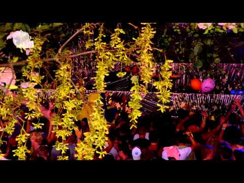 Tomorrowland 2013 - Cazzette