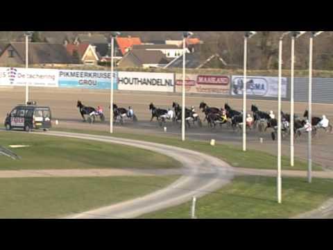 Vidéo de la course PMU CHAMPIONNAT D'HIVER FINALE ELITE