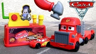 Pixar Cars Mack Tool Truck 2-in-1 Transform Camión Mack