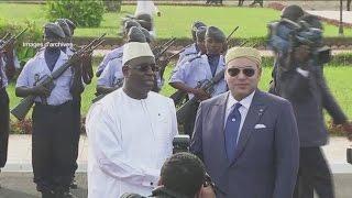 الملك محمد السادس بالسنغال