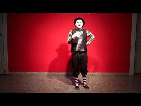 One day with Pippo, the mime. Act 1
