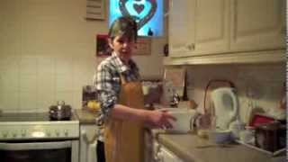 [How to make Eve's Pudding - The Ellen Dean Way] Video