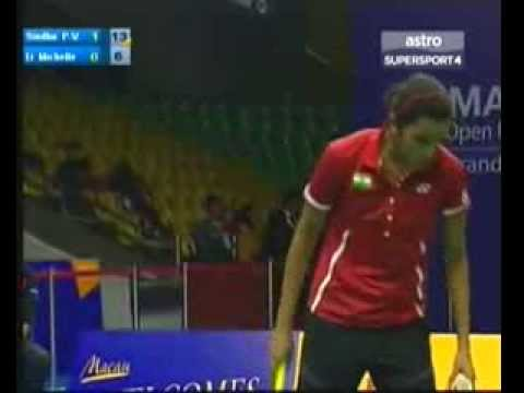 2013 Macau Badminton - P V Sindhu vs Michele Li pt 2 of 2