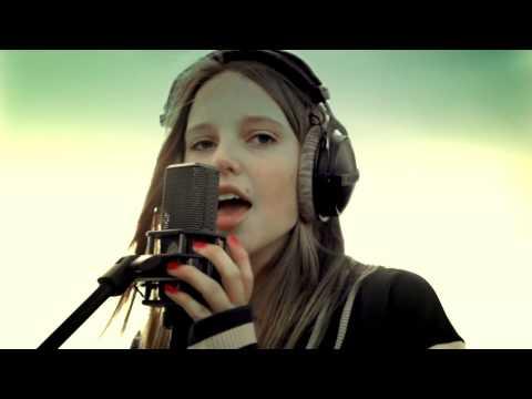 LINA - Richtig gehört (Offizielles Video)