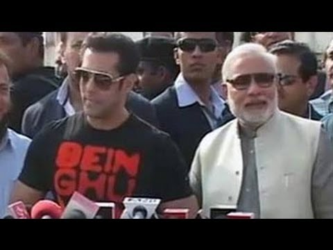 Salman flies kites with Modi, praises him, but no clear endorsement