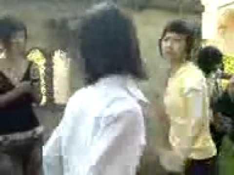 Trang Xuân - Nữ Sinh Hạ Hòa - Phú Thọ- Đánh Bạn Dã Man