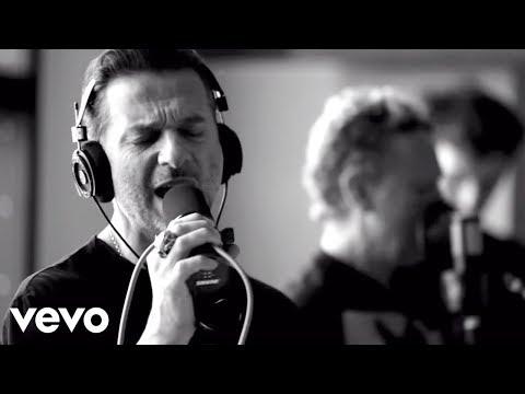 Смотреть клип Depeche Mode - Broken