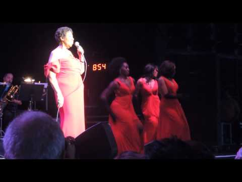 Aretha Franklin, DTE Energy Music Theatre, July 12, 2014.