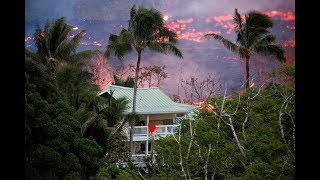 Kilauea eruption: loud and fiery explosions, lava flows now reaching Pacific