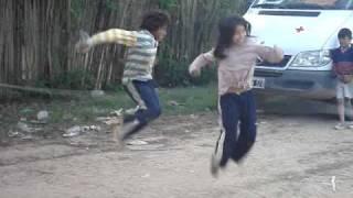 Tartagal Niños Saltando Cuerda