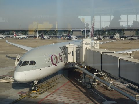 Qatar Airways Boeing 787 Dreamliner business class BRU-DOH