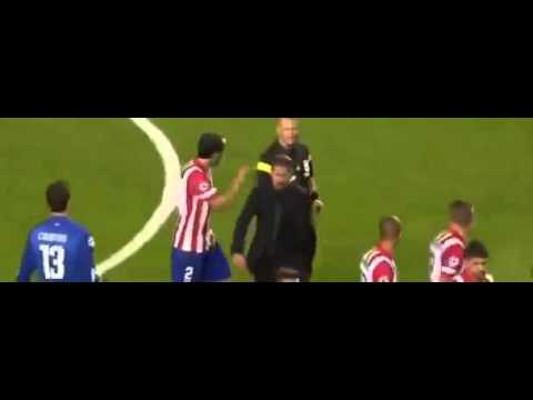 Diego Simeone Runs on the Pitch to the Referee ~ Real Madrid vs Atletico Madrid Diego Simeone
