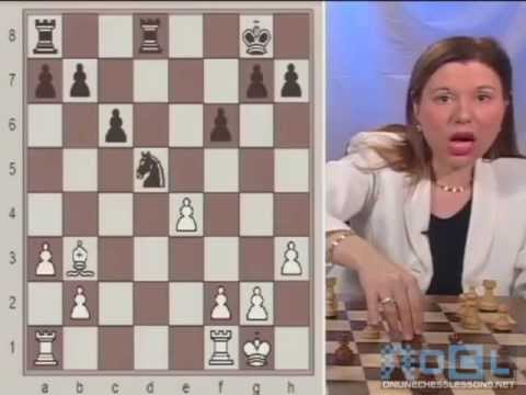 The Best Essential Chess Tactics commented by GM Susan Polgar