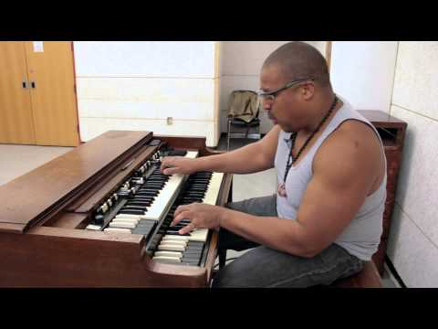 Organ Monk Standard – Greg Lewis Plays