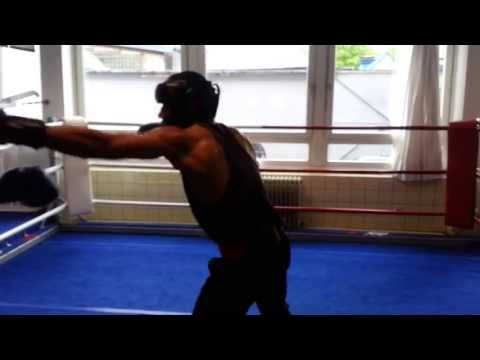 Noor A. Sakhizadah | Ghulam Hussain Profi-Box-Sparring in Hamburg on 13.05.2013 in Club of EC BOXING