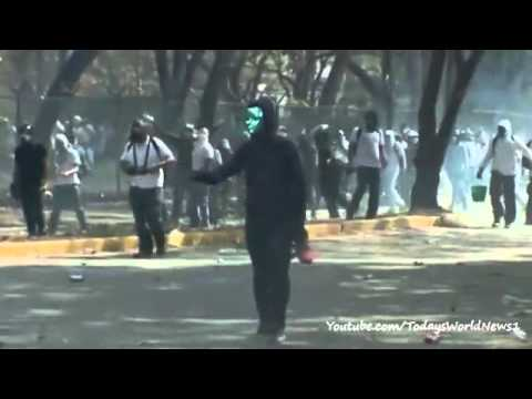 Venezuela protests: Three killed in new unrest