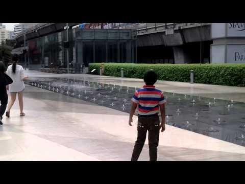Siam World Bkk musical fountain