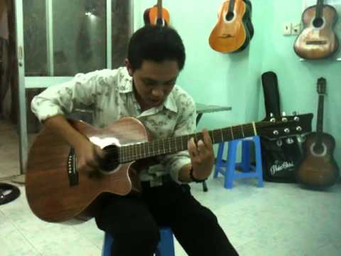 Dem Hat Guitar Dieu Disco (Playing Acoustic Guitar: Disco Music)