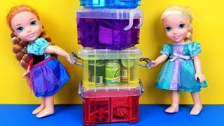 Moving Day ! Elsa and Anna toddlers are packing
